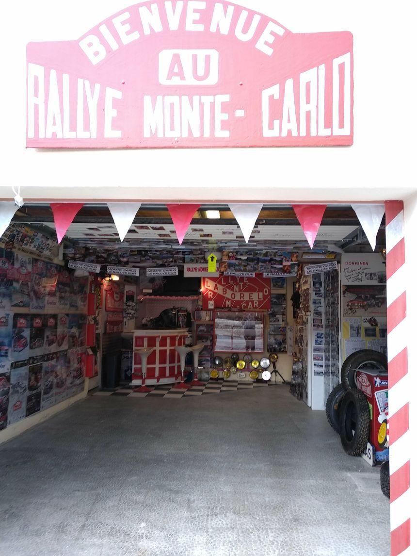 Le garage de Jérôme transformé en musée du rallye