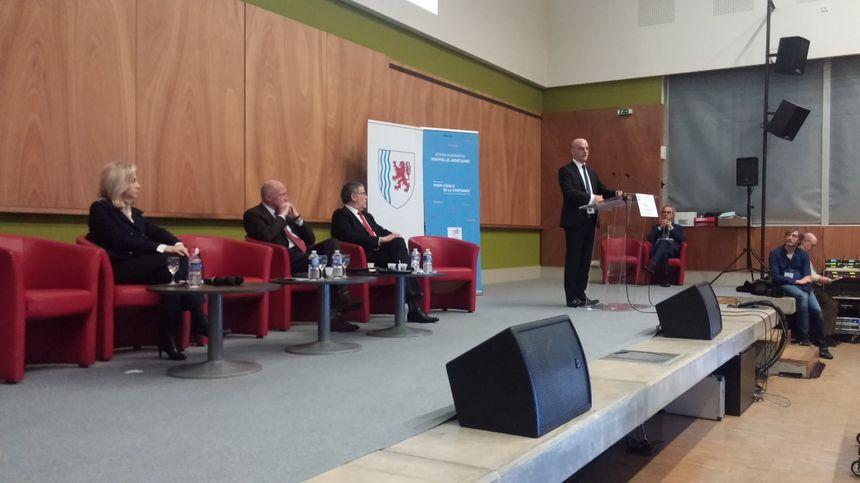 Jean-Michel Blanquer pendant l'ouverture des assises de l'orientation à Limoges.