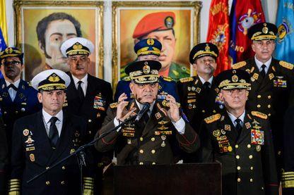 Les principaux dirigeants de l'armée vénézuélienne ont donné une conférence de presse, le 24 janvier à Caracas, pour réaffirmer leur soutien au régime du Président Nicolas Maduro.