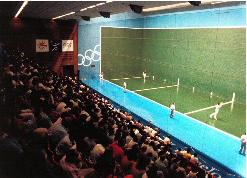 Fronton 36 m aux JO de Barcelone en 1992