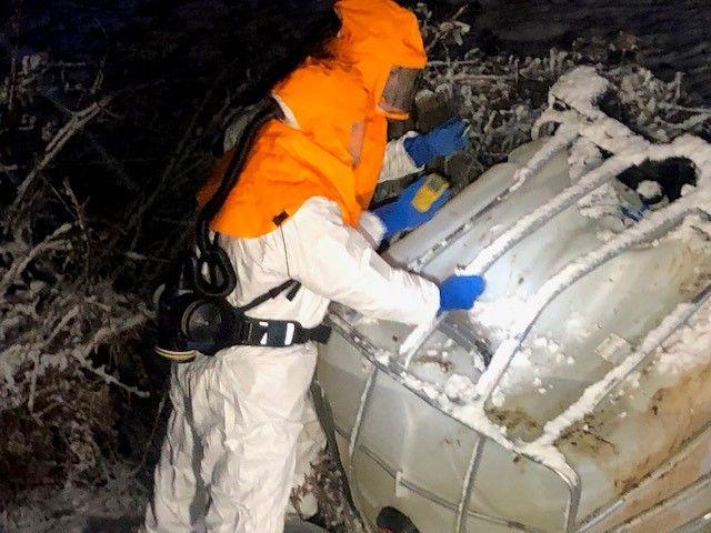 Une équipe spécialisée de Séché Environnement est intervenue.