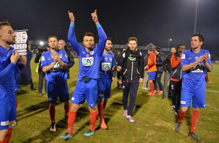 Les joueurs bergeracois après la victoire face à Lens