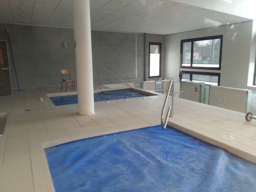 Les jeunes ajaïstes bénéficient de bains froids, d'un jacuzzi et d'une piscine de réathlétisation