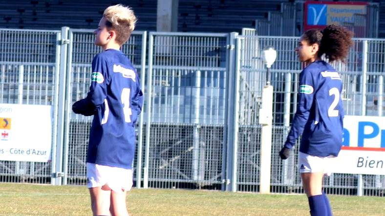 Zoé Molina et Elisa Coustellet sont les jeunes défenseuses de l'AC Avignonnais