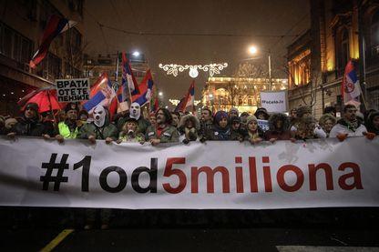 Cinquième samedi de manifestation contre le pouvoir du Président serbe Aleksandar Vucic, le 5 janvier 2019 à Belgrade.