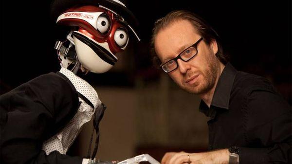 Une main de robot pour jouer du piano...