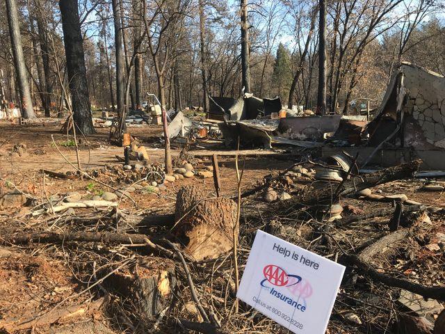 Beaucoup d'habitants de Paradise, avant même l'incendie, n'avaient pas les moyens de se payer une assurance contre de telles catastrophes
