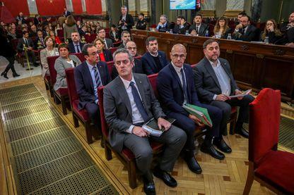 Les anciens dirigeants séparatistes catalans à leur procès à Madrid, dont Oriol Junqueras, Raul Romeva, Joaquim Forn, Jordi Sanchez, Jordi Turull, Josep Rull, Jordi Cuixart, Carme Forcadell, Dolors Bassa, Carles Mundo, Santi Vila and Meritxel Borras.