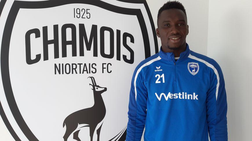 Zoumana Koné, Ivoirien de 27 ans, a signé pour 18 mois aux Chamois niortais