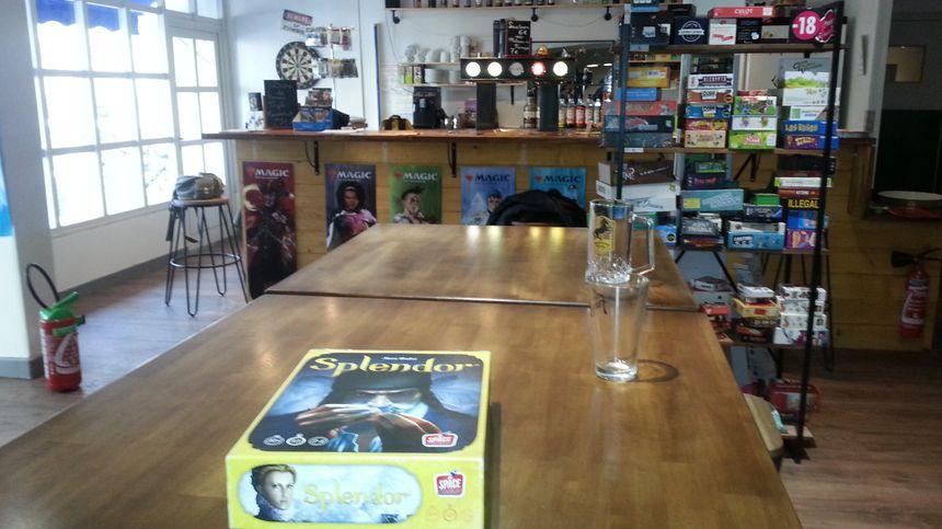 Le bar à jeux est avant tout un bar.