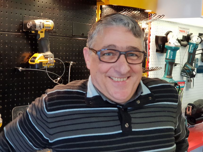Pascal Léger, commercial pour l'entreprise MOS à Limoges
