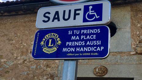 Le dernier panneau a été posé devant le cimétière St-Georges à Périgueux