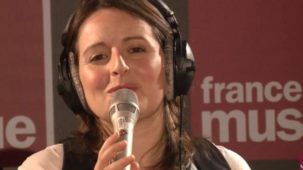 "Mélanie Dahan et Franck Amsallem interprètent ""Dedicated to you"""