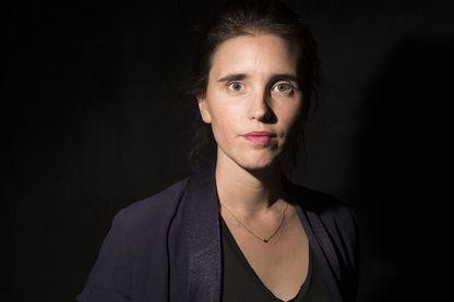 La metteure en scène Julie Deliquet, le 28 septembre 2015 au théâtre Gérard Philipe à Saint-Denis.