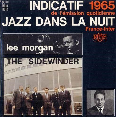 """Pochette du disque de l'indicatif de 1965, """"Jazz dans la nuit"""" sur le label Blue note de Lee Morgan. Elle représente l'équipe de """"Jazz dans la nuit"""" devant la Maison de la radio"""