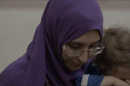 Mélina avec son quatrième enfant (né en Irak) en janvier 2019