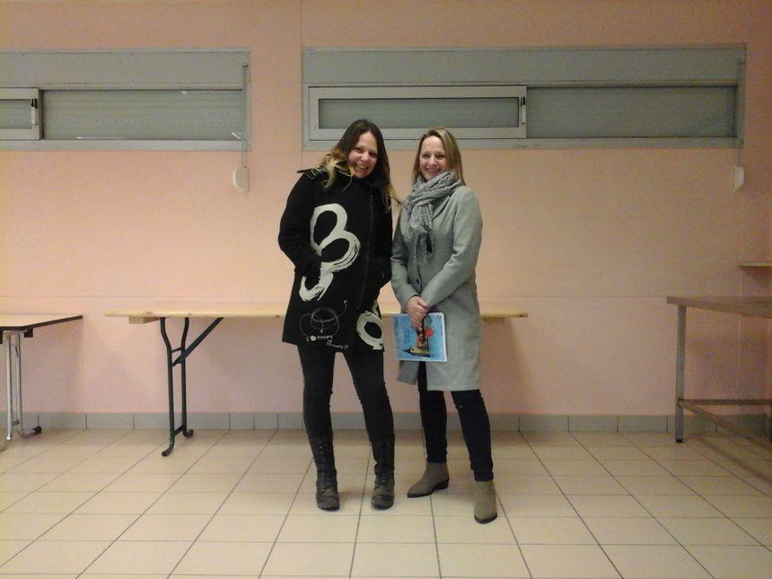 Aurélie Laurainne (Comité des Fêtes) et Lydie Fiarda (Les Gamins de Fretigney) : 2 associations qui font aussi du village ce qu'il est !