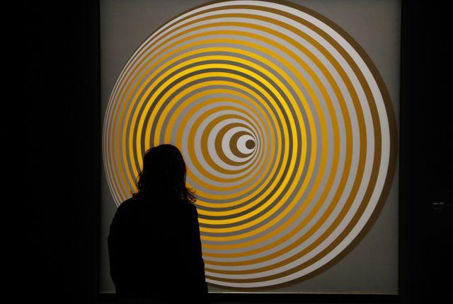"""Arny"""" (1967-1968) l'un des tableaux de Victor Vasarely"""