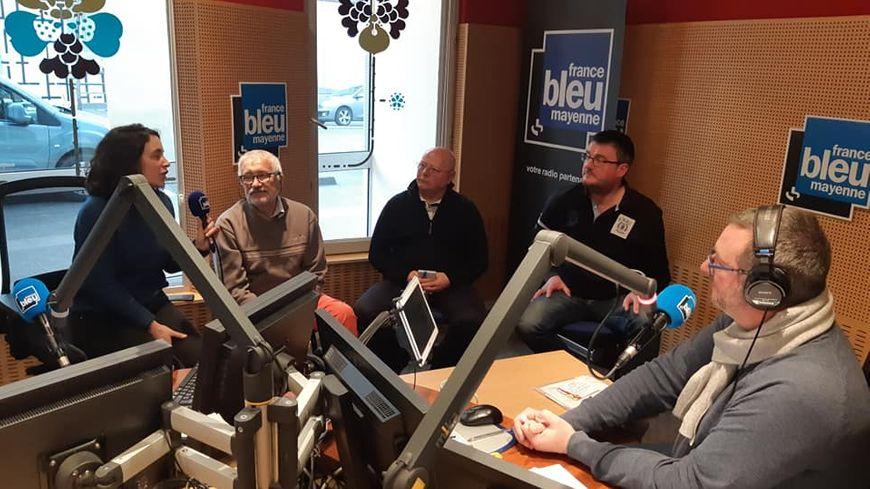 Serge, Maurice et Guy ont assisté à la matinale de France Bleu Mayenne.