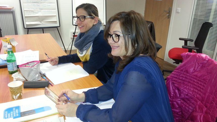 Sophie Nava et Isabelle Sombardier, conseillères à l'emploi à Pole Emploi Baudens à Bourges.