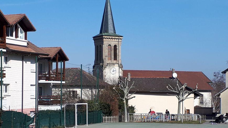 Archamps, son église et son calme imperturbable