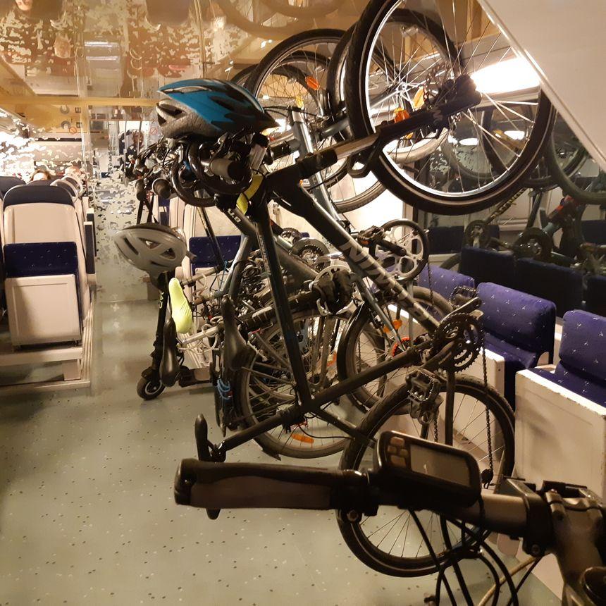 Les wagons à vélos sont trop petits