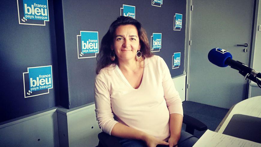 """Naïa Robles nous présente son dernier album""""Muzik' Haria"""""""