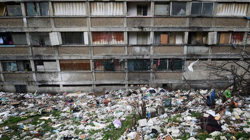 Un immeuble insalubre dans les quartiers Nord de Marseille, en janvier.