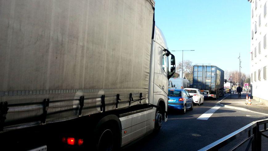 40.000 véhicules empruntent la rocade d'Avignon chaque jour