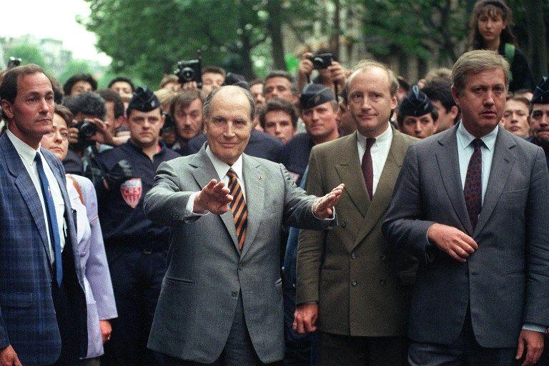 Le 14 mai 1990, suite à la profanation de tombes juives, une manifestation avait rassemblé 200 000 personnes, dont le président de la République de l'époque, François Mitterrand.