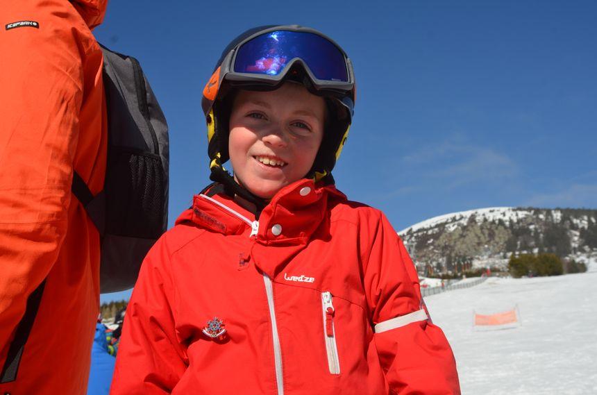 Le jeune Mattéo tout fier de sa première étoile