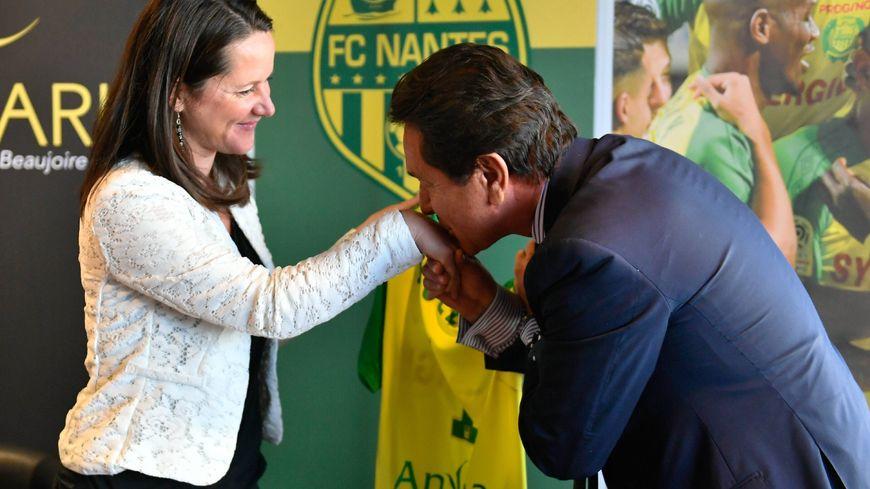 Johanna Rolland et Waldemar Kita lors de l'annonce de la construction d'un futur stade à Nantes