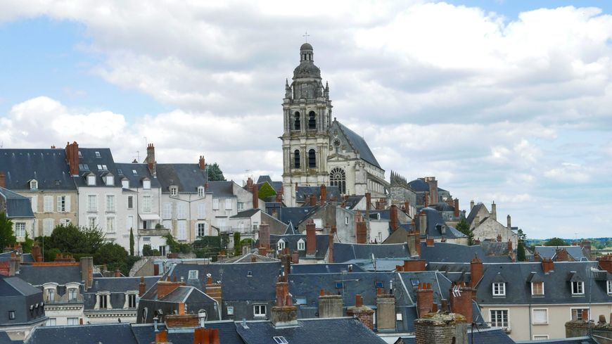 Plusieurs tags antisémites ont été découverts dans la ville de Blois ce mois-ci.