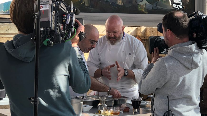 Dordogne : le chef cuisinier Philippe Etchebest tourne son émission en public à Saint-Astier