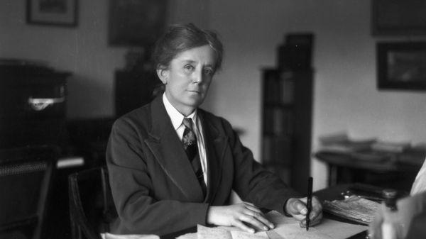 Ethel Smyth à Londres en 1913 2/5 : Son éducation musicale