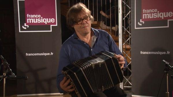 """Jacques Trupin et Vincent Viala interprètent """"Eaux troubles"""" et """"Peinture sur moi"""""""