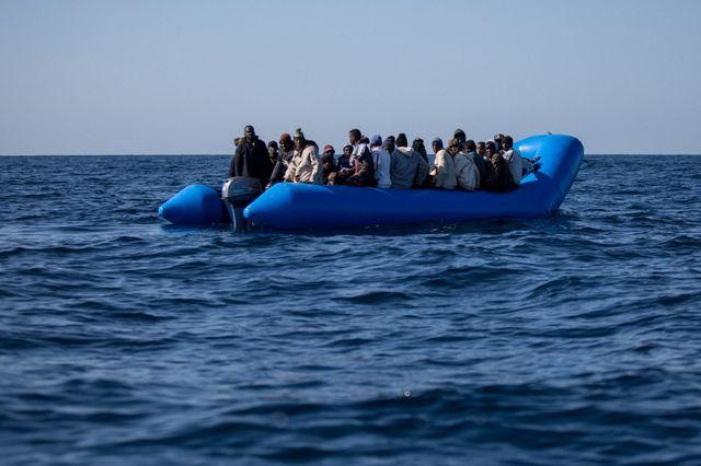 Alpha a traversé une partie de la Méditerranée sur un zodiac qui devait se percer une heure avant que l'Aquarius ne sauve les passagers du bateau pneumatique