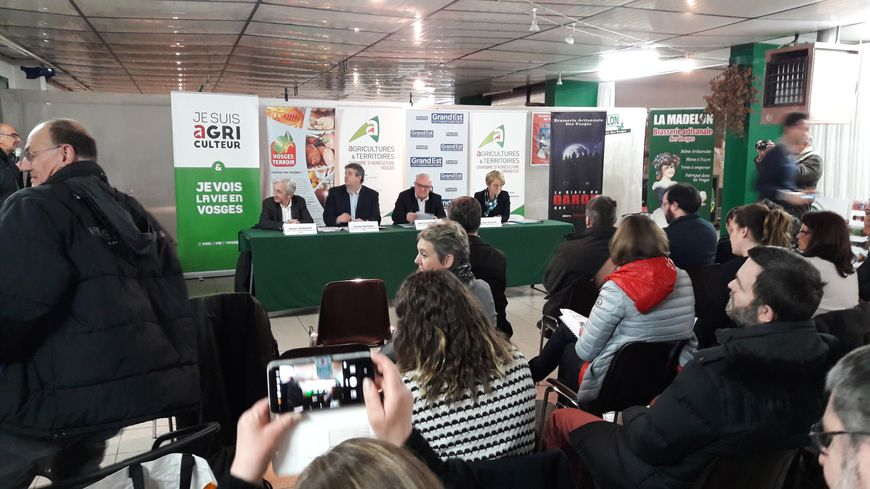 Participants vosgiens au salon international de l agriculture, réunis a  Saint-Etienne- 50be764dda0a