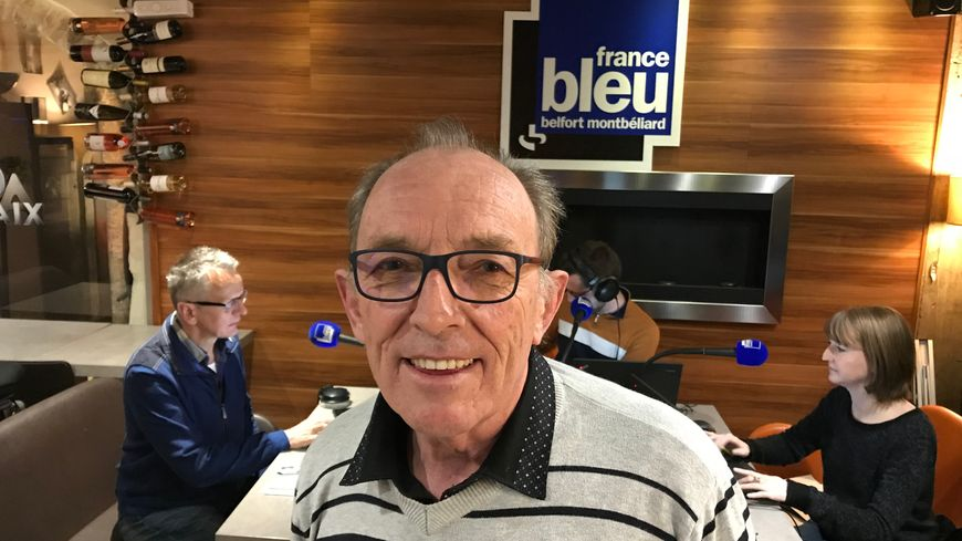 Bernard Tournier réclame la mise en place d'un train le matin qui parte de Mulhouse aux environs de 5h et qui arrive à Paris avant 9h.