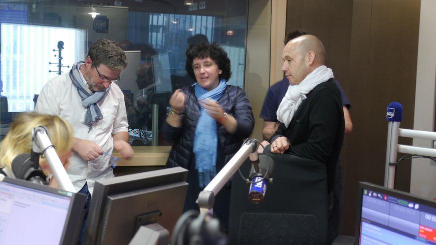 Les trois auditeurs ont échangé avec les voix du matin : Florence Pérusin et Dominique Bourdot.