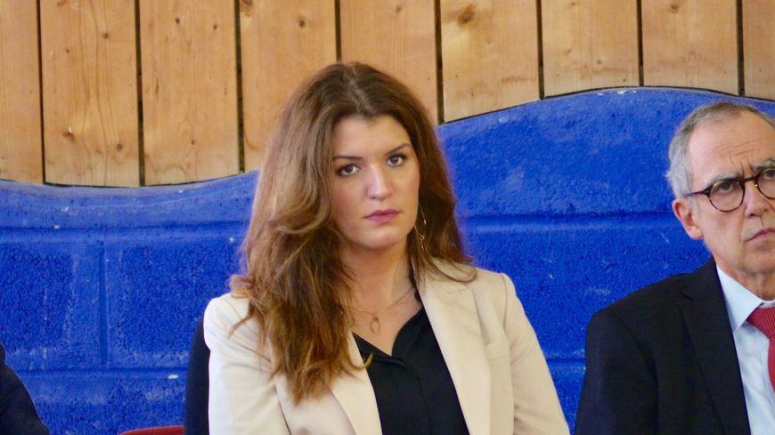 Marlène Schiappa a participé à un débat salle René Coicaud à Bergerac avec 200 personnes du monde associatif