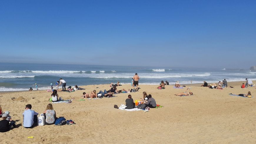 Il a fait notamment 25,5 degrés ce mercredi à Biarritz selon Météo France.