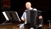 """Paul Meyer et Pascal Contet interprètent une Fantaisie sur la """"Traviata"""" de Verdi pour clarinette et accordéon"""