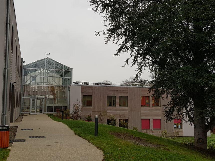 Le bâtiment principal du Moulin Rabaud de Limoges