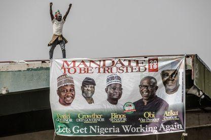 Campagne pour les élections générales au Nigéria. Affiche du parti d'Atiku Abubakar (PDP), le candidat qui fait trembler Muhammadu Buhari