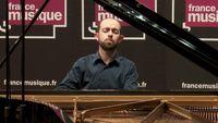 Une archive INA / France Musique du pianiste François Dumont.