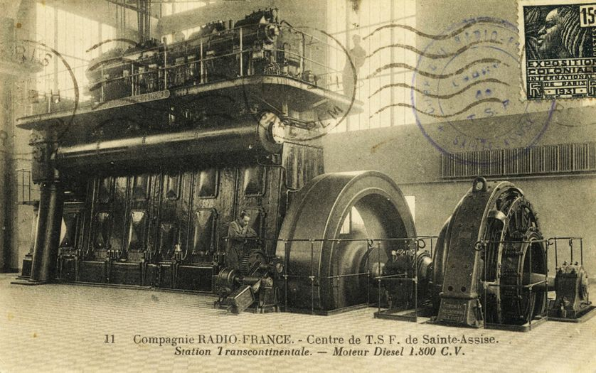 Carte postale montrant l'émetteur de Sainte-Assise, en Seine-et-Marne, en 1931