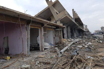 Les destructions dans le village d'Hajin, sur la route de Baghouz, où se trouve le dernier réduit du groupe Etat islamique.
