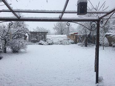 Il est tombé une bonne couche de neige à Marsac en Livradois, près d'Ambert (Puy-de-Dôme)