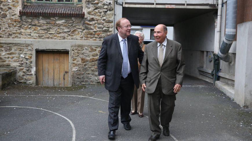 Serge Dassault et Jean-Pierre Bechter lors des municipales de 2014